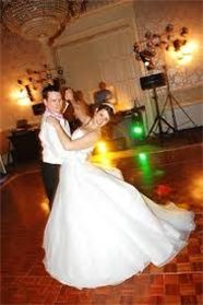 WEDDING DANCE LESSONS: